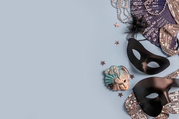 Splendide maschere veneziane di carnevale