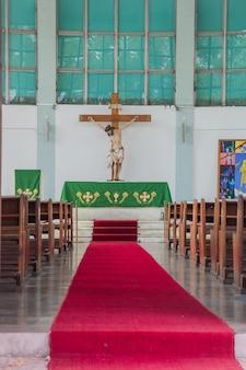 Bella chiesa di san giuseppe nel quartiere di lagoa a rio de janeiro Foto Premium