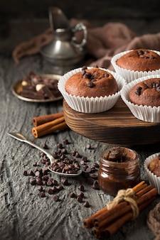 Bellissimo e delizioso dessert al cioccolato