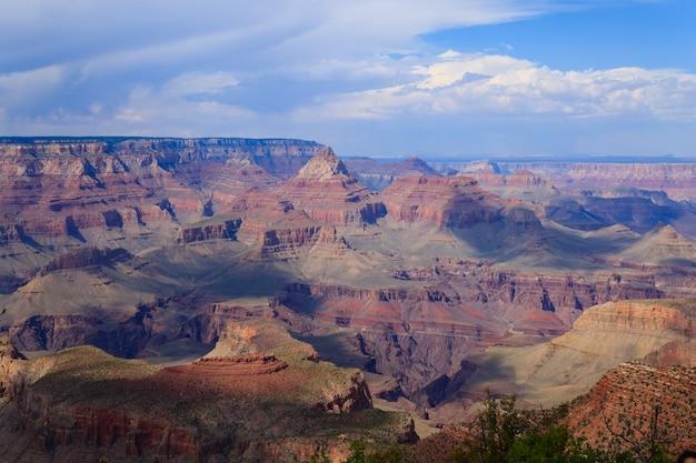 Bellissimo paesaggio dal parco nazionale del grand canyon, arizona. panorama usa. formazioni geologiche