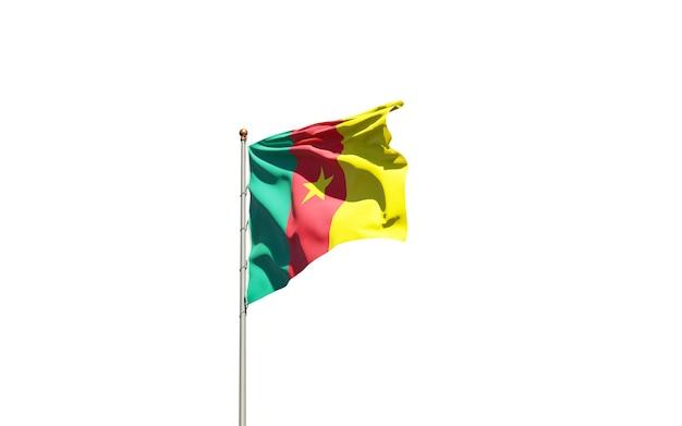 Bella bandiera nazionale dello stato del camerun su sfondo bianco.