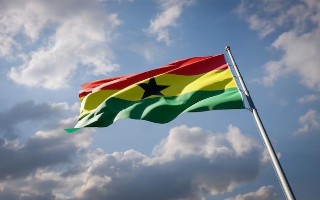 Bella bandiera nazionale dello stato del ghana che fluttua