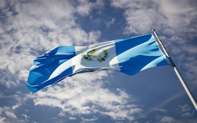 Bella bandiera nazionale dello stato del guatemala che fluttua