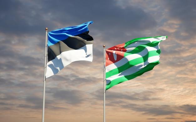 Belle bandiere di stato nazionali dell'abkhazia e dell'estonia insieme