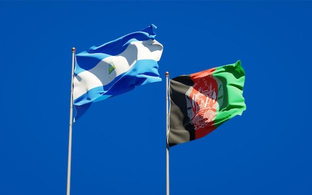 Belle bandiere nazionali di stato dell'afghanistan e del nicaragua