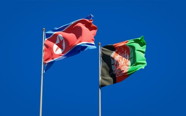 Belle bandiere di stato nazionali dell'afghanistan e della corea del nord