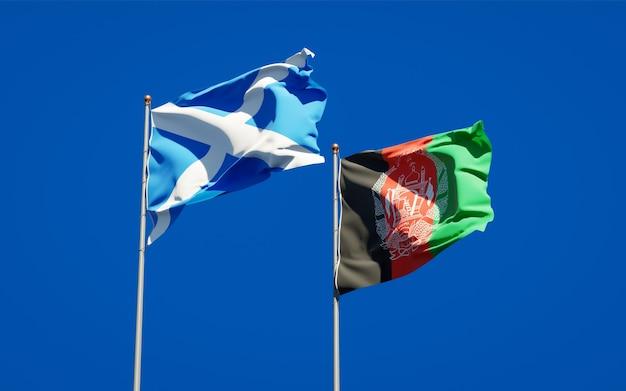 Belle bandiere di stato nazionali dell'afghanistan e della scozia