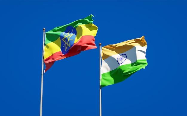 Belle bandiere di stato nazionali dell'etiopia e dell'india insieme