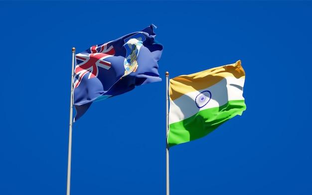 Belle bandiere di stato nazionali delle isole falkland e dell'india insieme