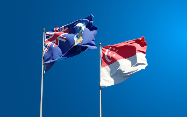Belle bandiere di stato nazionali delle isole falkland e singapore insieme