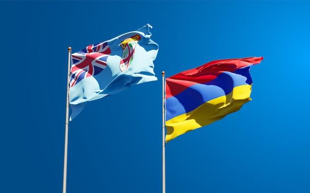 Belle bandiere di stato nazionali di fiji e armenia insieme al cielo. concetto di grafica 3d.