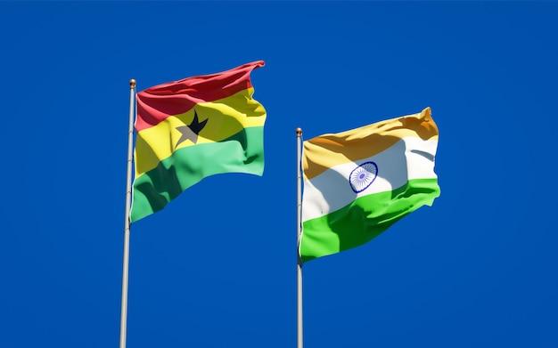 Belle bandiere di stato nazionali del ghana e dell'india insieme