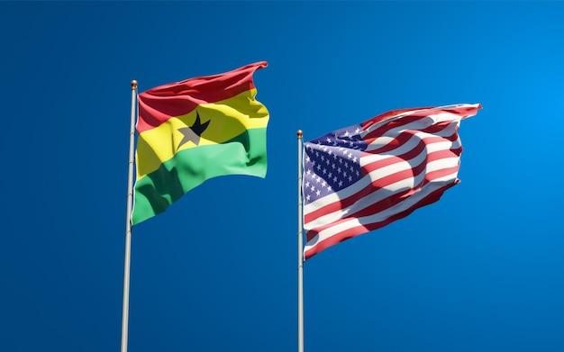 Belle bandiere di stato nazionali del ghana e degli stati uniti insieme