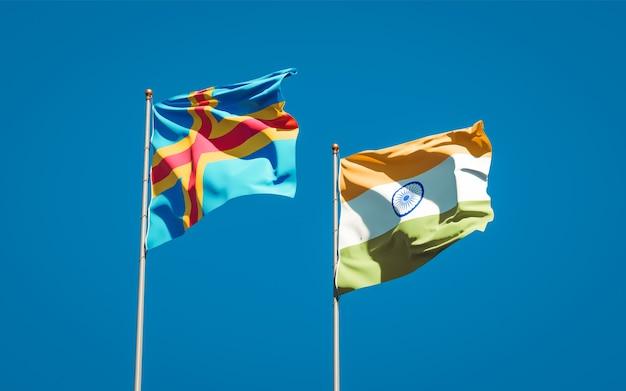 Belle bandiere di stato nazionali dell'india e delle isole aland insieme