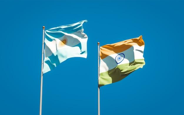 Belle bandiere di stato nazionali di india e argentina insieme