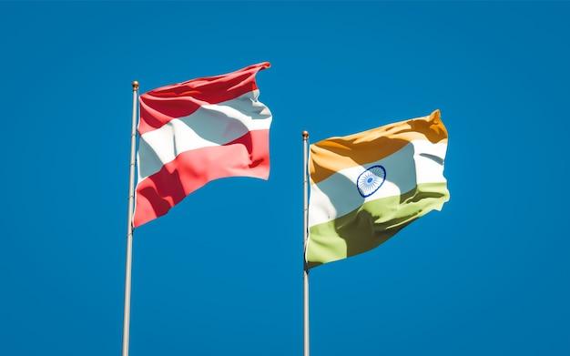 Belle bandiere di stato nazionali dell'india e dell'austria insieme