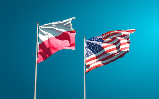 Belle bandiere di stato nazionali di polonia e stati uniti insieme