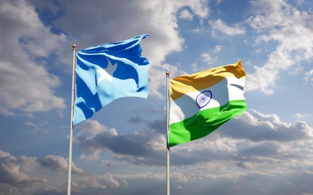 Belle bandiere nazionali dello stato della somalia e dell'india insieme
