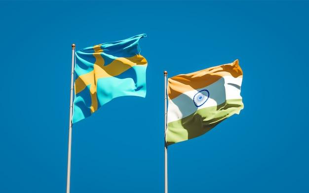 Belle bandiere nazionali dello stato di svezia e india insieme
