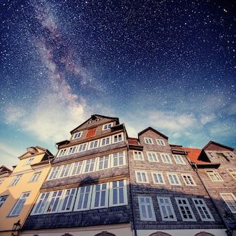 Bella notte. illuminazione di edifici.