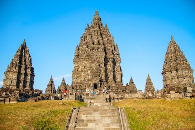I bellissimi templi prambanani. indonesia