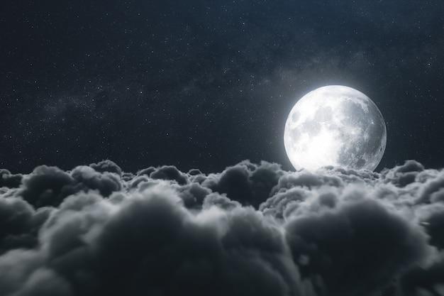 Belle nuvole realistiche con la luna piena