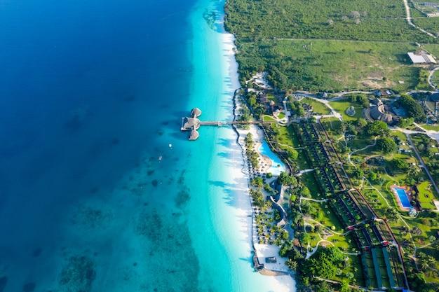 La bellissima isola tropicale di zanzibar