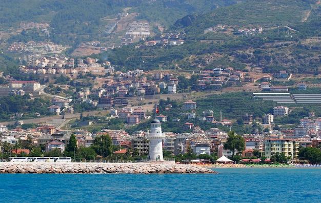 Bella vista del porto di antalia, turchia