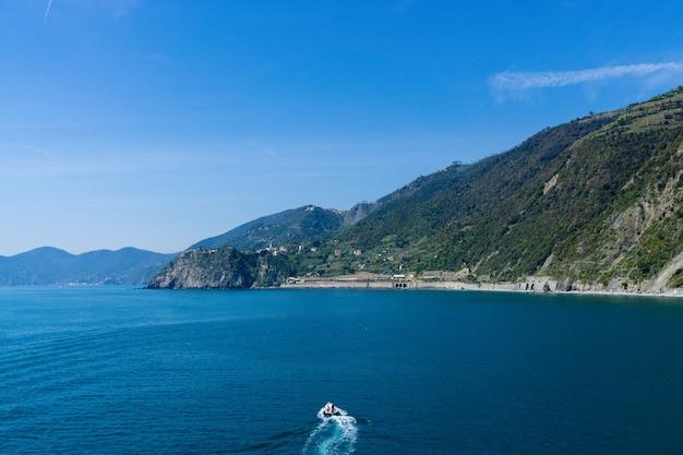 Splendida vista delle famose cinque terre in italia
