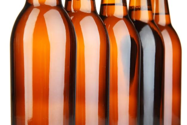Bottiglie di birra isolate su white
