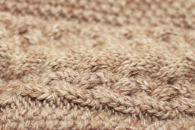 Fondo in maglia beige filo di medio spessore