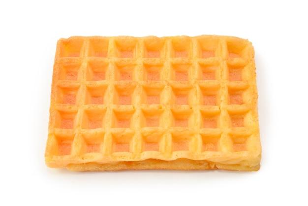 Waffle belga isolati su sfondo bianco.