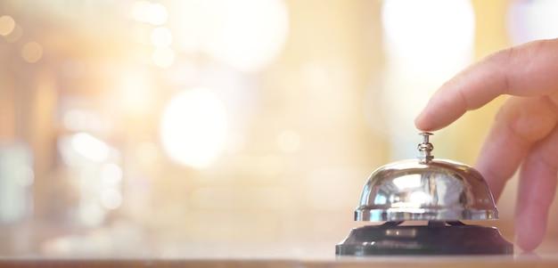 Servizio di campana alle informazioni del banco, servizio di campanello