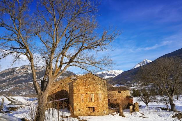Casa in pietra di benasque in huesca pirenei spagna