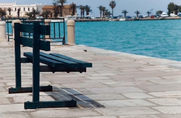 Piattaforma con panca vista mare, zakinthos, grecia