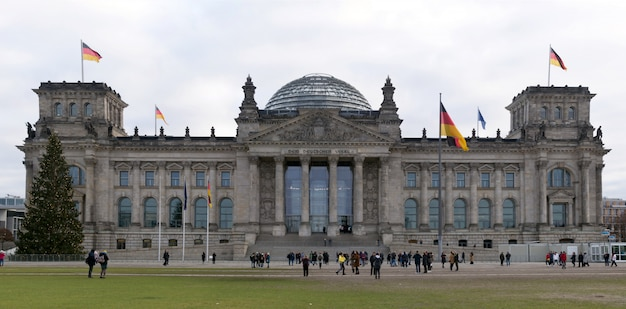Berlino, germania panorama dell'edificio del reichstag
