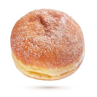 Un berliner pfannkuchen o una ciambella con zucchero in polvere isolato
