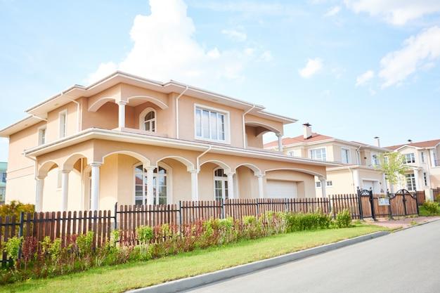 Grande bella casa