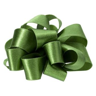 Grande arco rotondo in colore verde isolato. fiocco per la decorazione.
