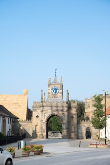 Bishop, auckland, regno unito 27 luglio 2021. municipio di bishop auckland. a nord del regno unito, città popolare da visitare. bellissimi vecchi edifici britannici. northumberland.