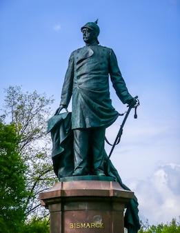Statua di bismarck a berlino, germania