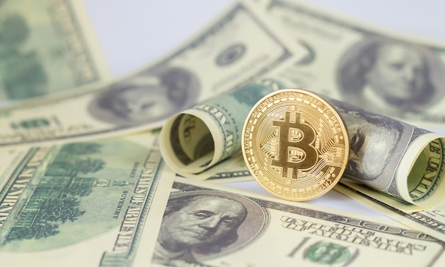 Bitcoin sulle banconote in dollari
