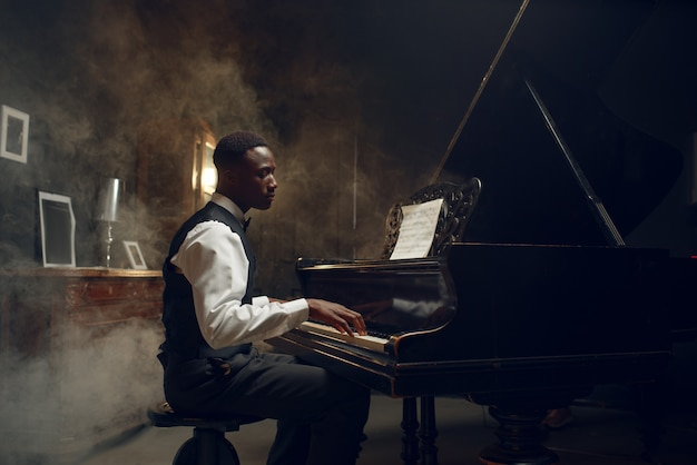 Pianista a coda nera, performance jazz