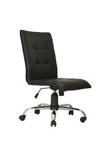 Poltrona da ufficio in pelle nera su ruote isolata su sfondo bianco vista laterale
