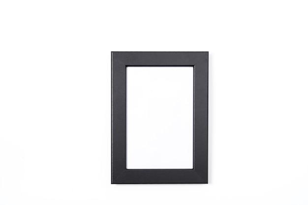 Portafoto nero su sfondo bianco
