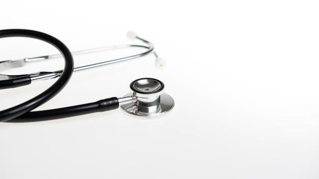 Stetoscopio nero per diagnostica medica
