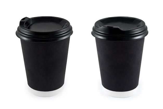 Tazze di caffè di carta da asporto nere su bianco isolato. tazza di caffè in carta bianca usa e getta da asporto o per il logo dell'applicazione, spazio per il layout di progettazione.