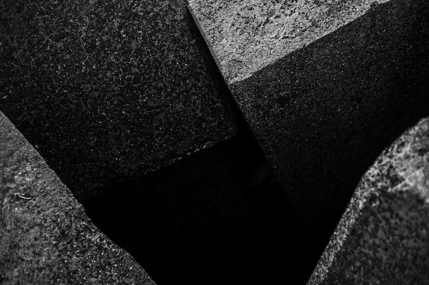 Estratto in bianco e nero del quadrato di pietra.