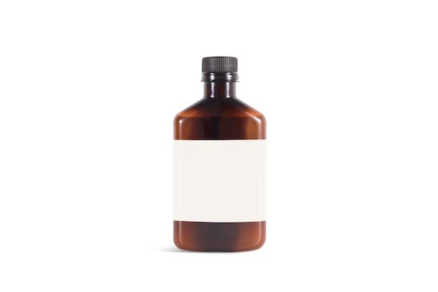 Bottiglia di plastica ambrata in bianco con l'etichetta bianca, isolata