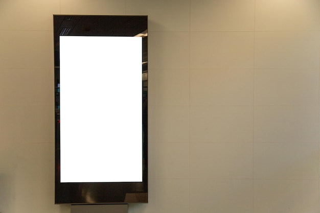 Tabellone per le affissioni in bianco mock up della metropolitana per messaggio di testo o contenuto.